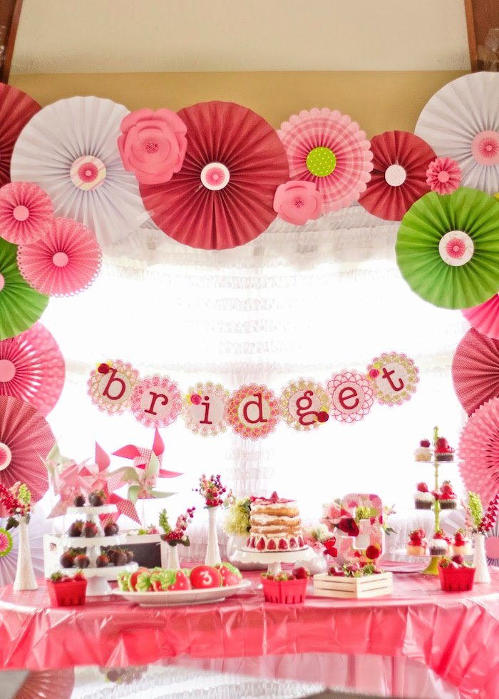 3rd Birthday Decoration Ideas Fresh Kara S Party Ideas Strawberry Shortcake 3rd Birthday Party