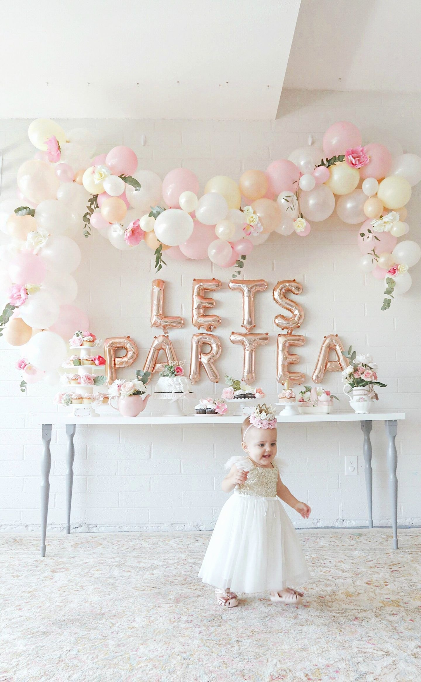 Baby 1st Birthday Decoration Ideas Lovely First Birthday Tea Party Lets Partea Birthday Decor