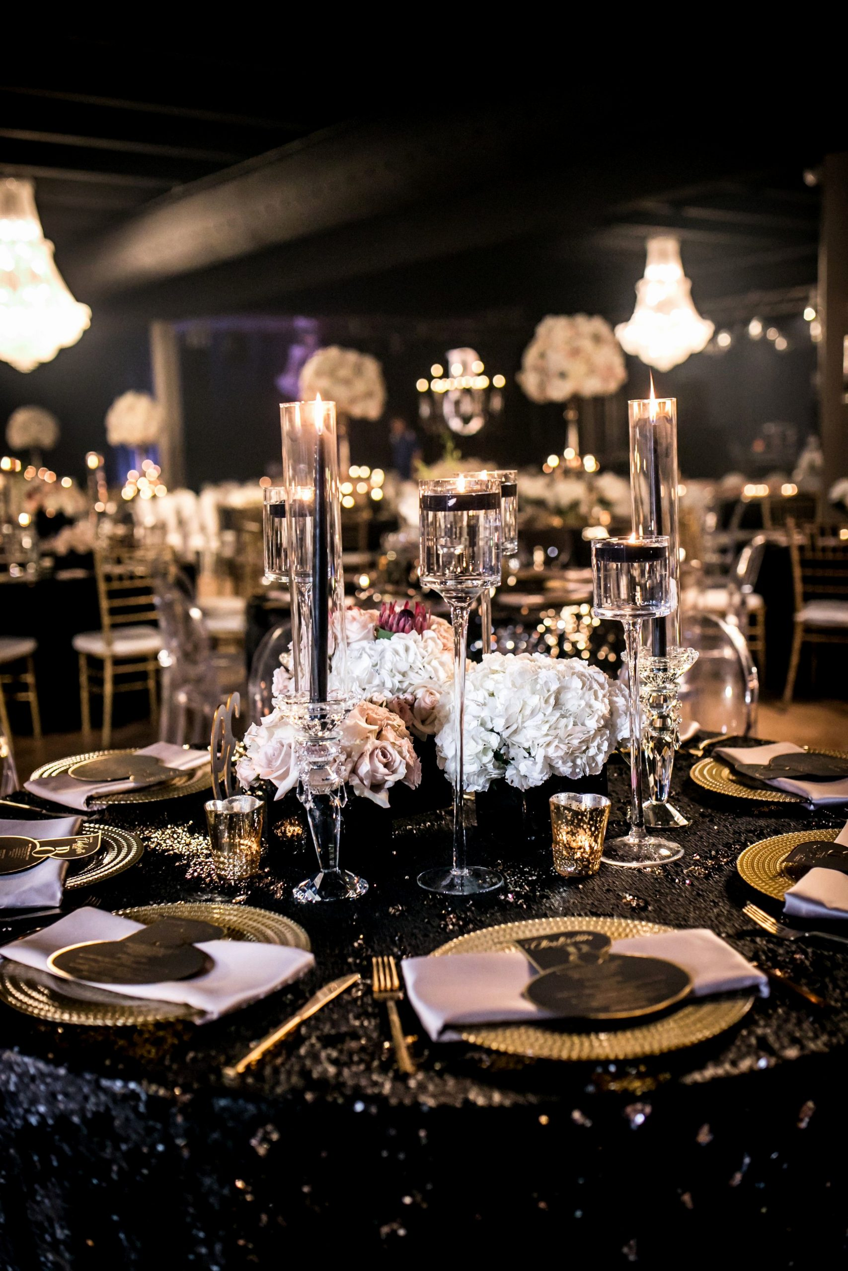 Banquet Hall Birthday Decoration Ideas Beautiful This Luxe Birthday Party Design Has A Classy 70s theme