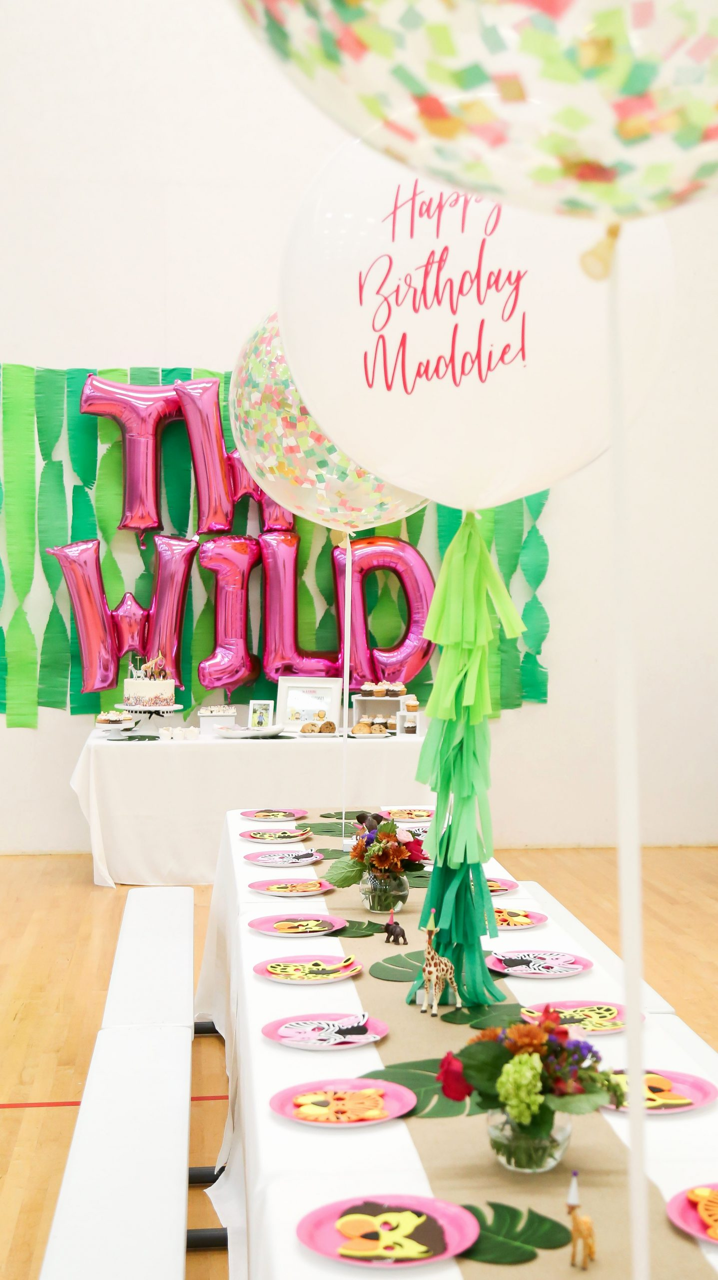 Birthday Decoration Ideas for 2 Year Girl Beautiful Animal Party Safari theme