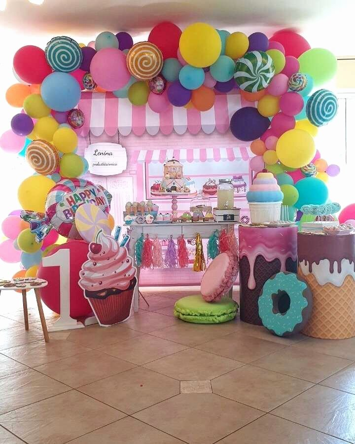 Candyland Birthday Decoration Ideas Beautiful Candyland Birthday Party Ideas 2 Of 16