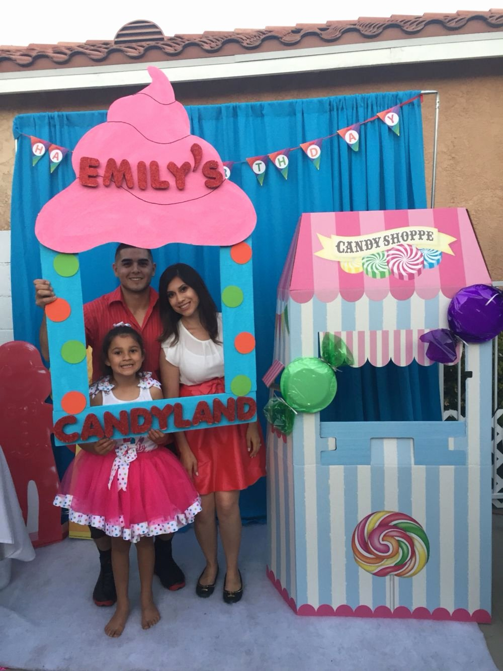 Candyland Birthday Decoration Ideas Lovely Candyland Photo Booth