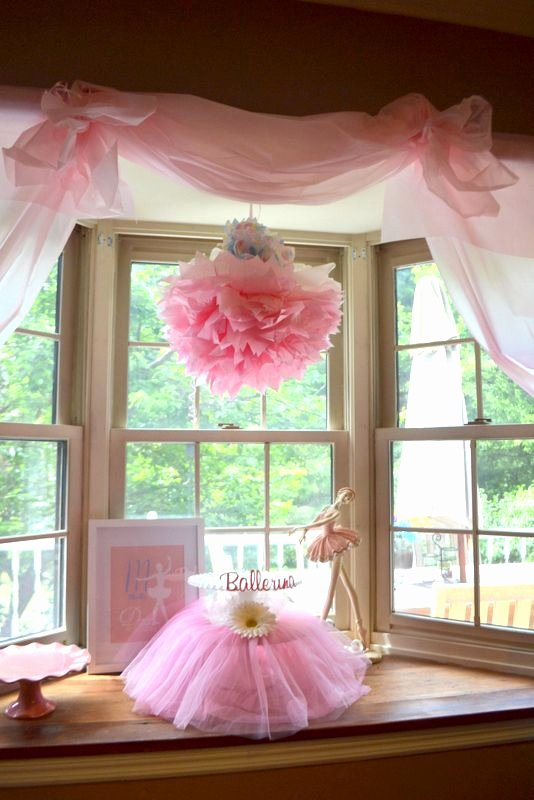 Dollar Store Birthday Decoration Ideas Elegant top 16 Dollar Store Items You Should Have On Hand to Throw A