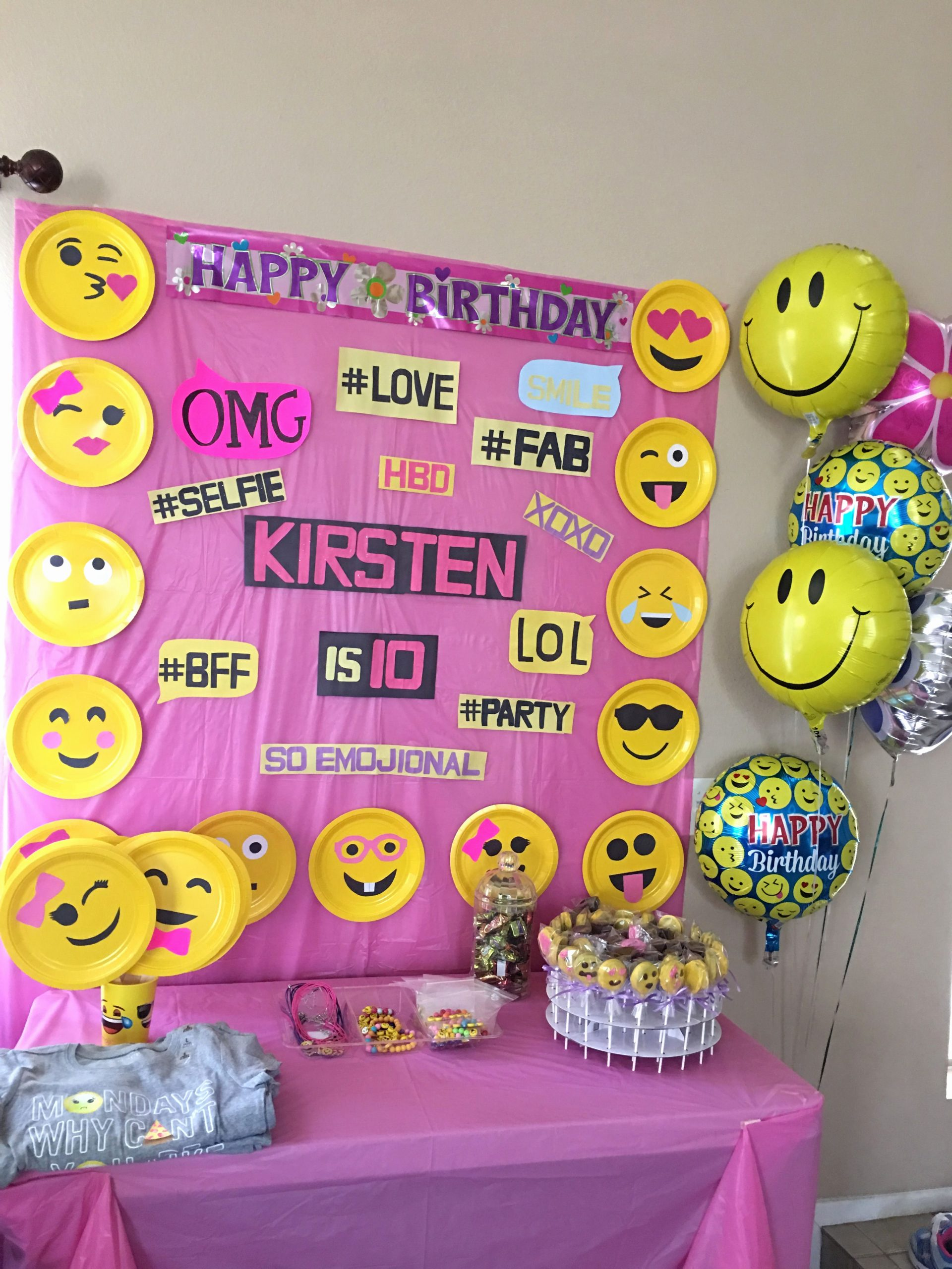Emoji Birthday Decoration Ideas Elegant Emoji Birthday Party
