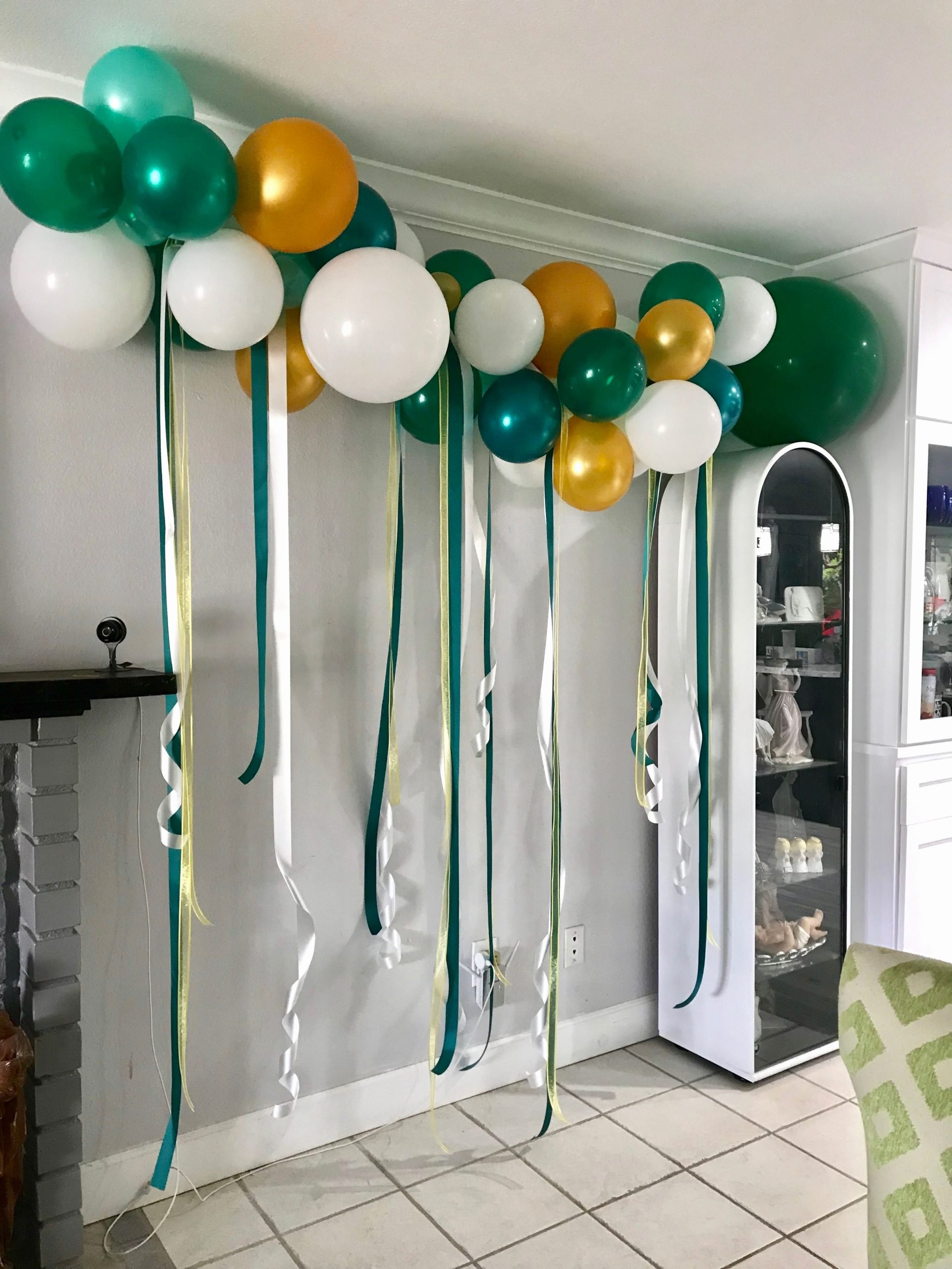 Green and Gold Birthday Decoration Ideas Awesome 60th Birthday Balloon Garland by La Jolie Fªte