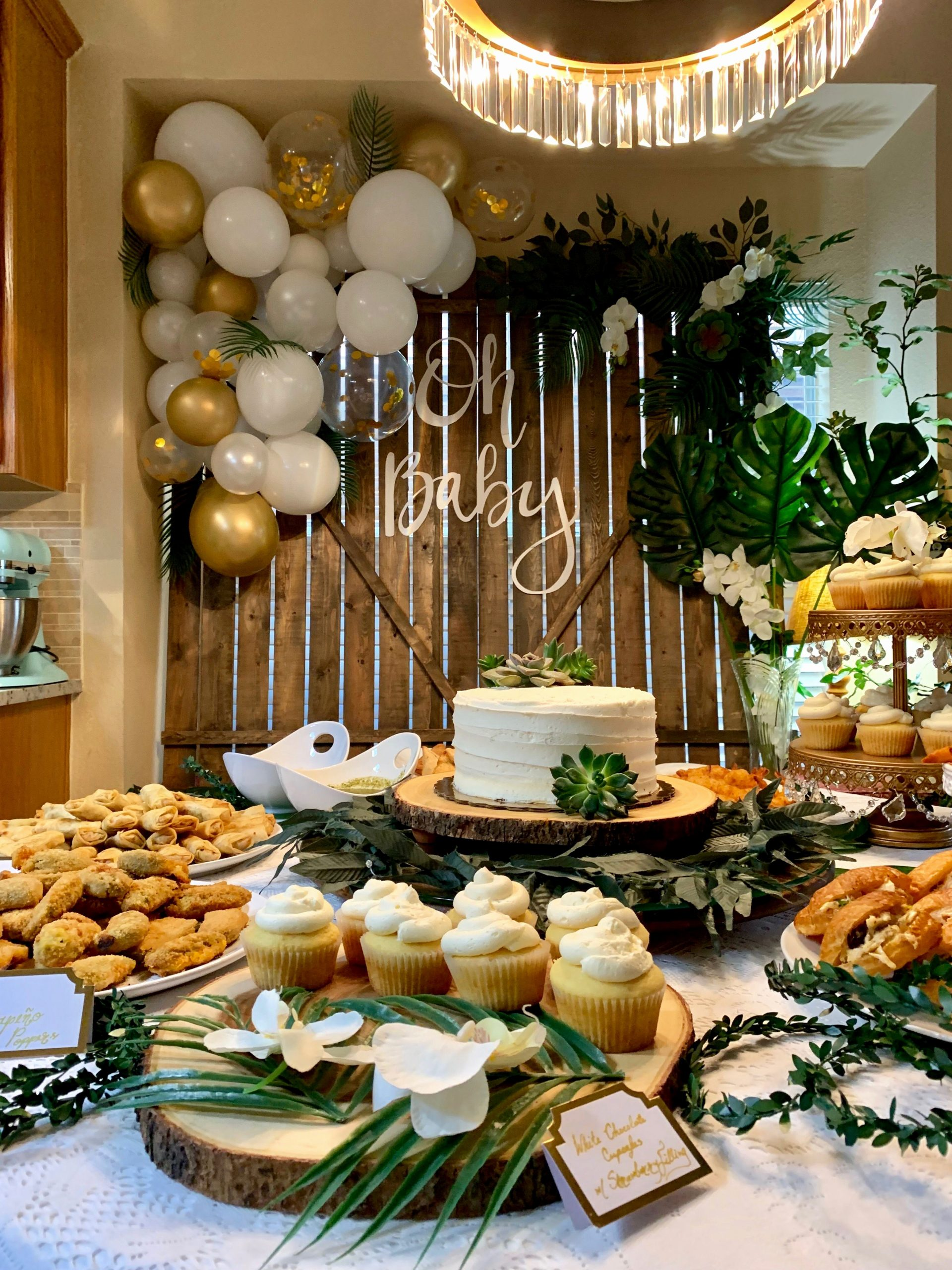 Green and Gold Birthday Decoration Ideas Awesome Green White and Gold Party