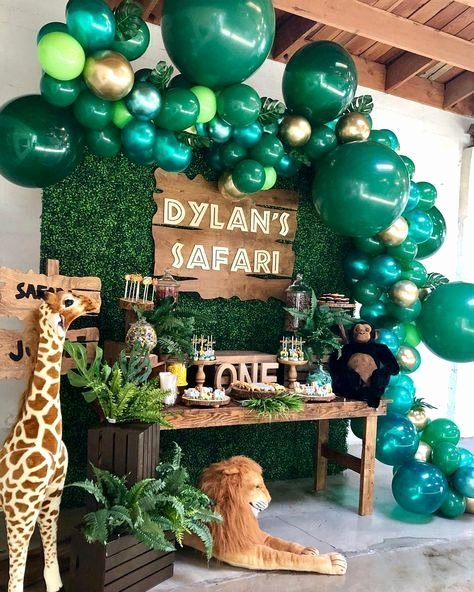 Jungle theme Birthday Decoration Ideas Unique Safari Baby Shower Idea In 2020