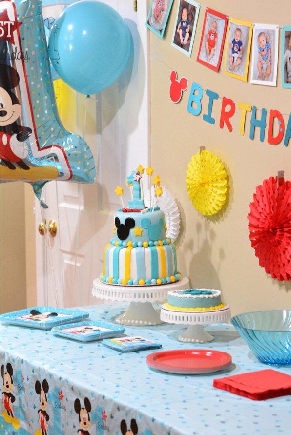 Mickey Birthday Decoration Ideas Elegant Mickey S Fun to Be E Birthday Party Ideas Mommy S