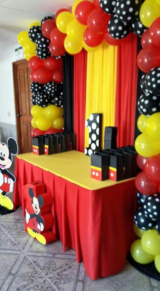 Mickey Mouse First Birthday Decoration Ideas Awesome Pin by Selma Hatich On Mouse