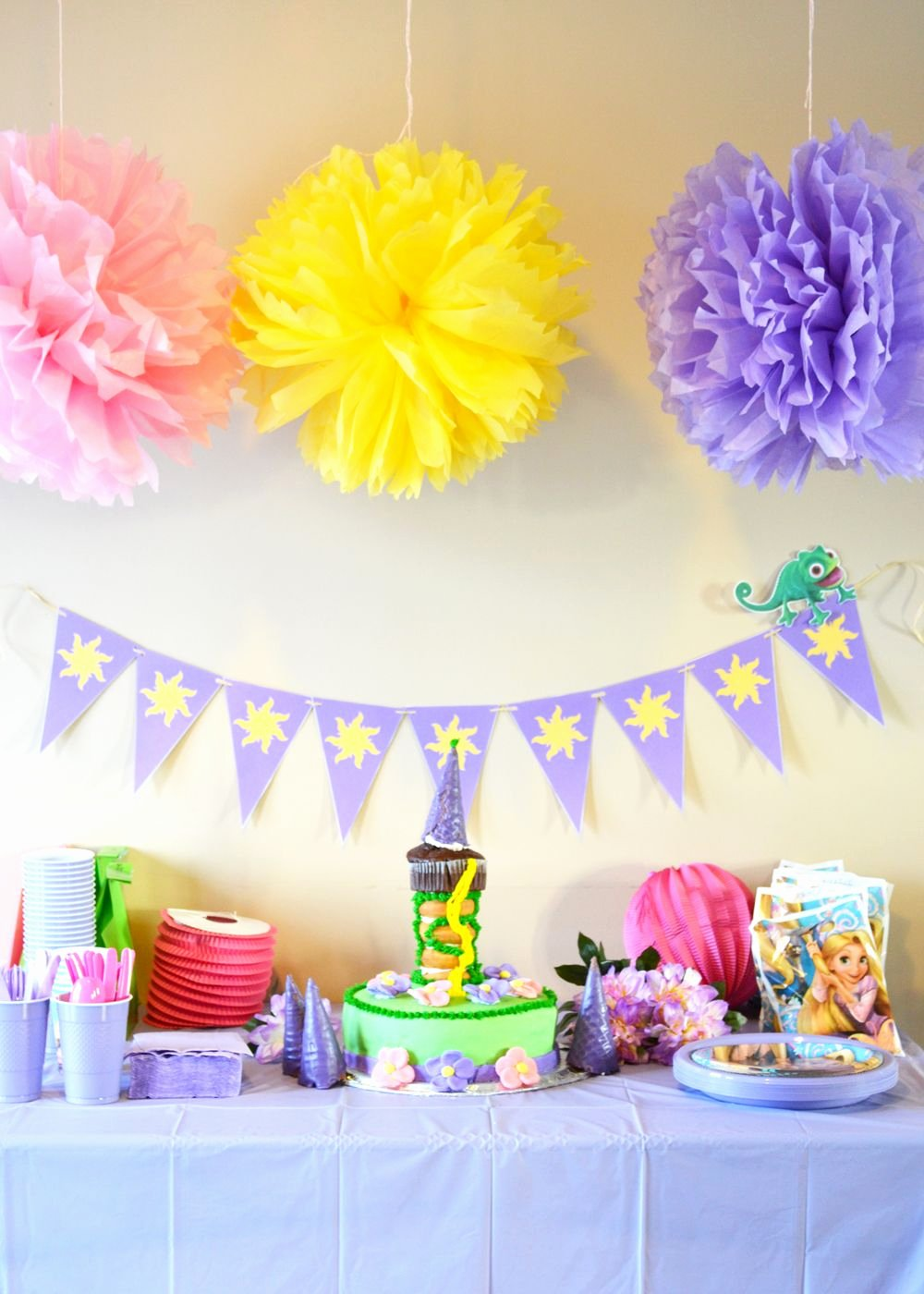 Rapunzel Birthday Decoration Ideas New Throw A Rapunzel theme Party the Diy Mommy