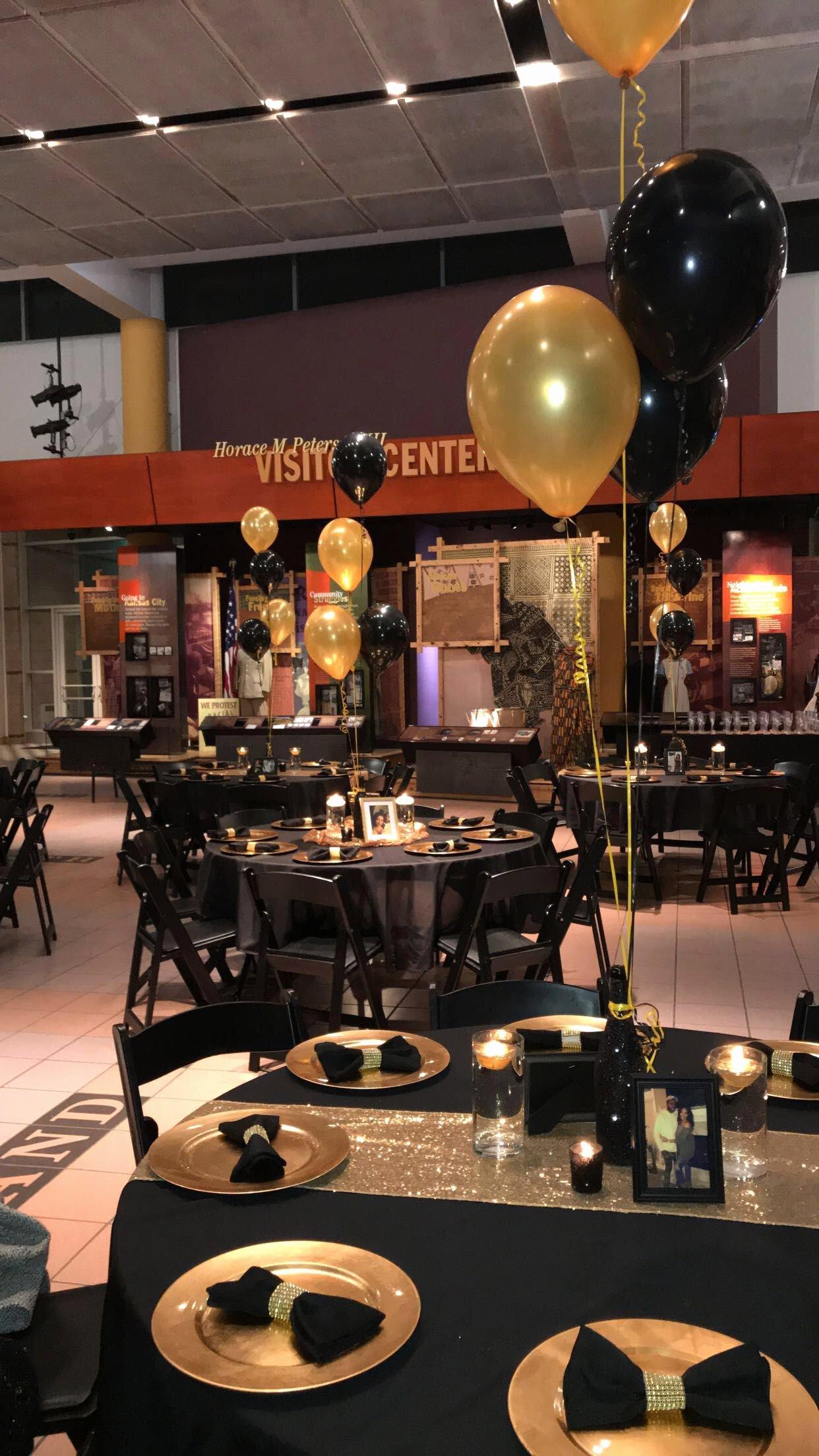 Restaurant Birthday Decoration Ideas Elegant Black and Gold Table Decor