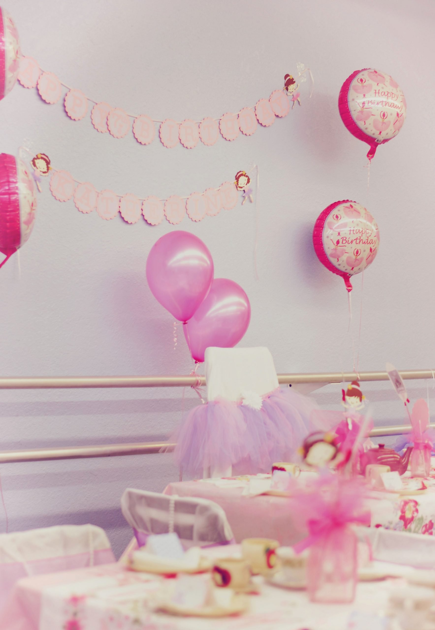 Simple but Elegant Birthday Decoration Ideas Fresh Simple but Elegant Balloon Decorations We Love Party