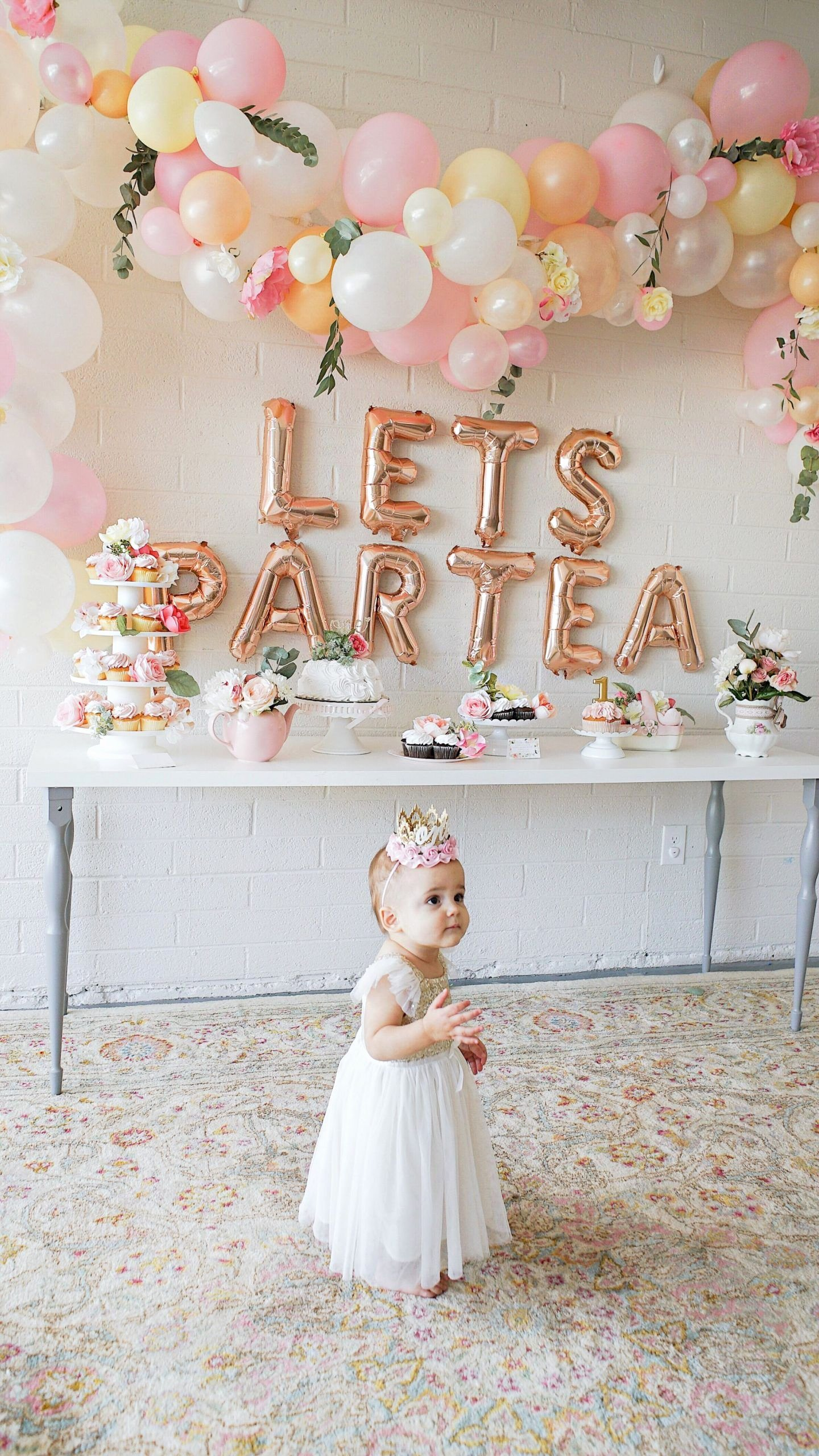 Tea Party Birthday Decoration Ideas Inspirational First Birthday Tea Party Lets Partea Birthday Decor